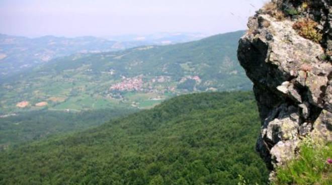 Giardino Pietra Corva : Camminate piacentine la pietracorva e il giardino alpino di