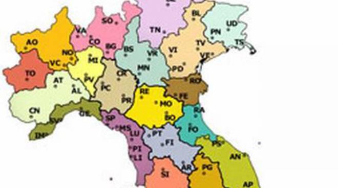 Cartina Italia Politica Con Province.Province Societa Geografica Piacenza Con Cremona E Parma La Proposta Piacenzasera It