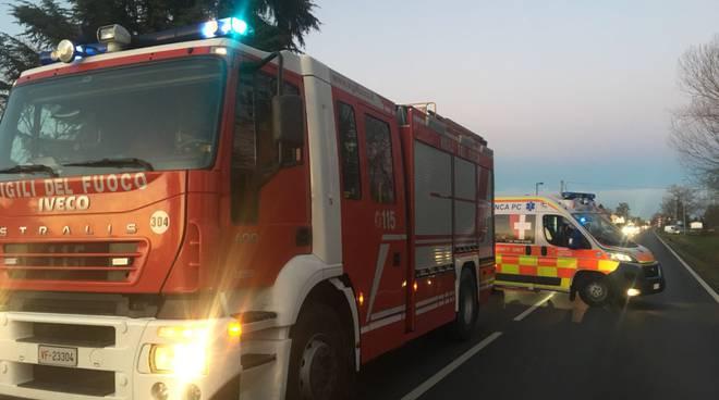 ambulanza 118 vigili del fuoco