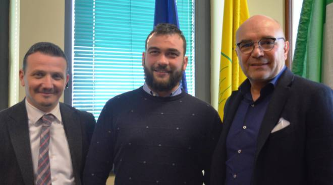 Davide Minardi con il direttore e il presidente Coldiretti