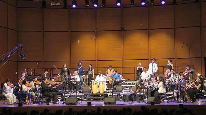 Orchestra dei Popoli.
