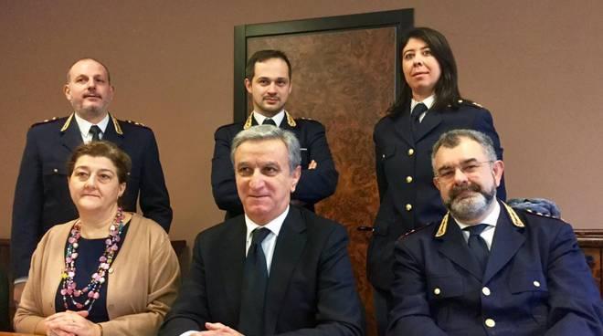 Salvatore Arena e i funzionari della Questura di Piacenza