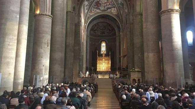 Decennale del vescovo Gianni Ambrosio in Duomo a Piacenza