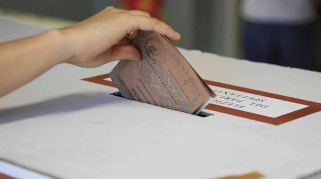 Elezioni voto