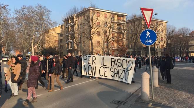 Manifestazione antifascista degli antagonisti