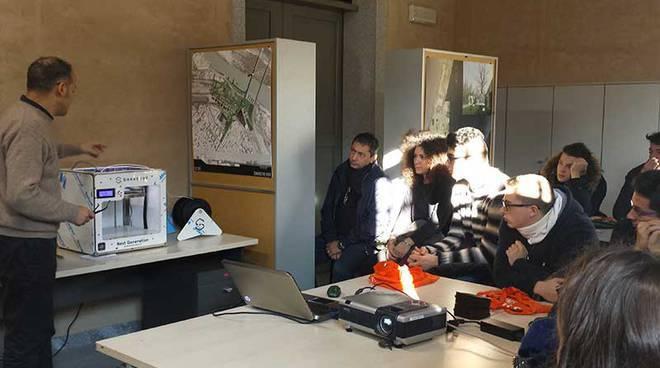 Studenti al laboratorio di architettura del Politecnico