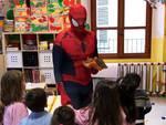Uomo Ragno in visita alla scuola S.Eufemia