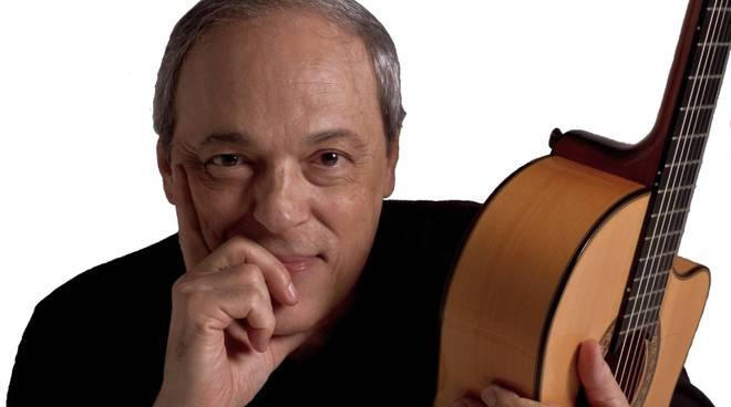 Il musicista brasiliano Toquinho