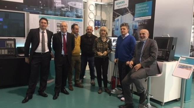 L'assessore Costi al centro Siemens