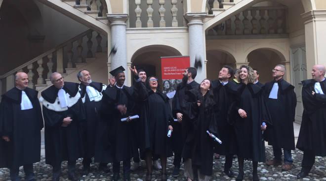 La cerimonia di consegna dei diplomi