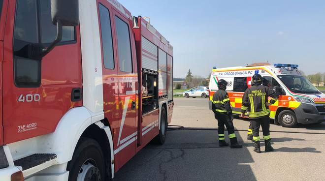 incidente vigili del fuoco e pubblica