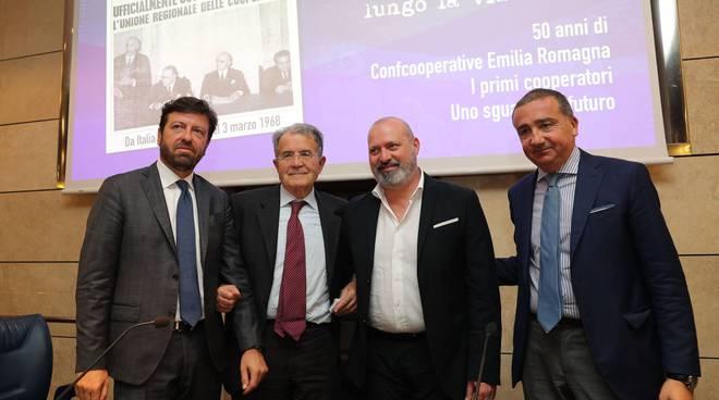 La cerimonia a Bologna