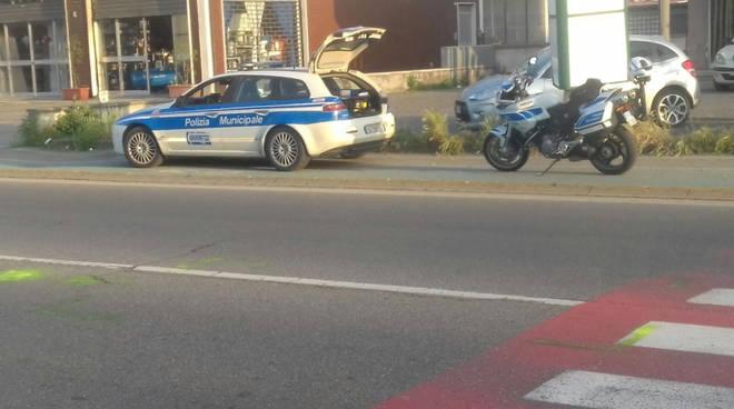 La polizia municipale sul posto