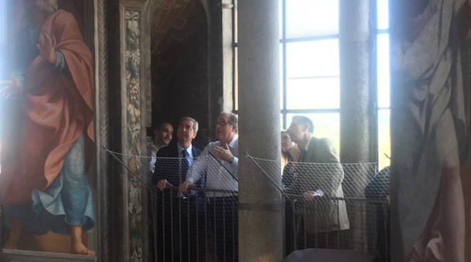 La visita del professor Zanardi agli affreschi
