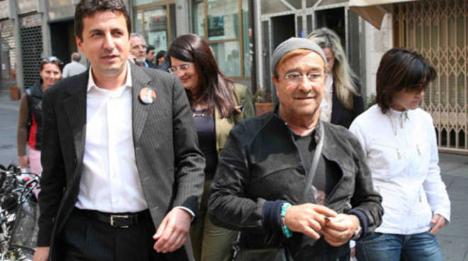 Lucio Dalla con Roberto Reggi a Piacenza
