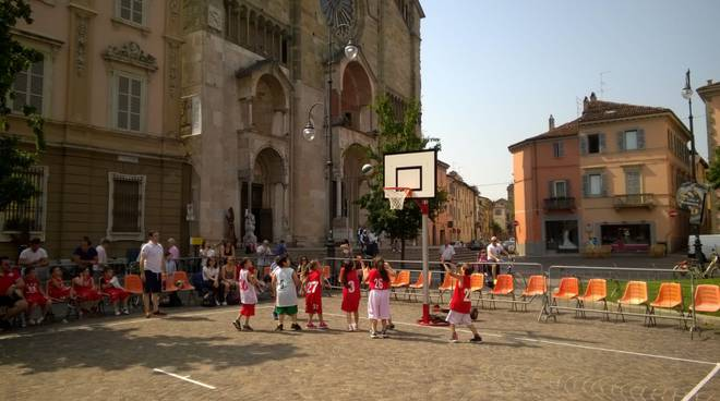 basket in centro
