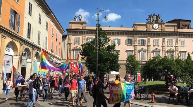 Corteo contro la Omobistransfobia
