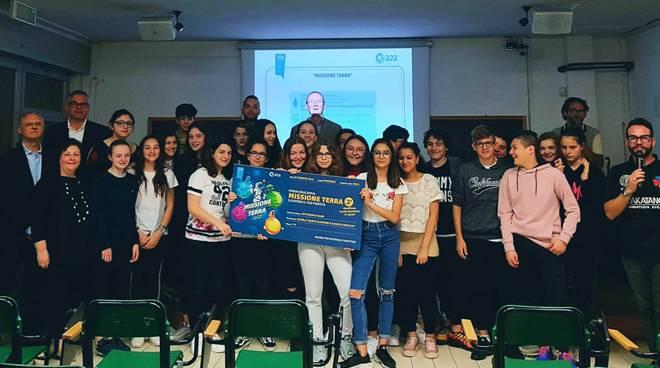 """Gli studenti premiati per il concorso """"Missione Terra"""""""