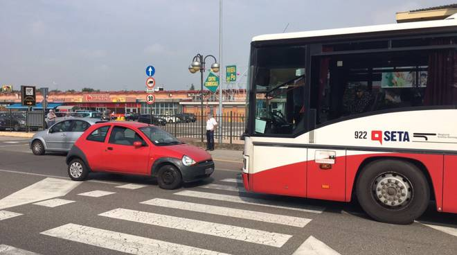 Incidente stradale con l'autobus