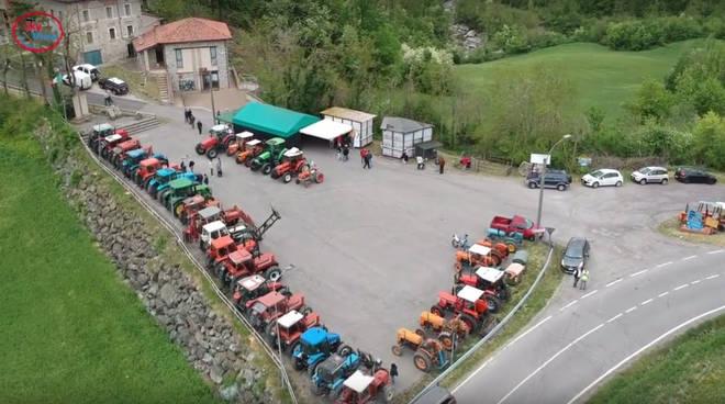 La festa dei trattori a Sperongia di Morfasso