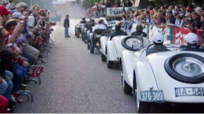 Rubata auto storica che avrebbe dovuto correre alla Mille Miglia