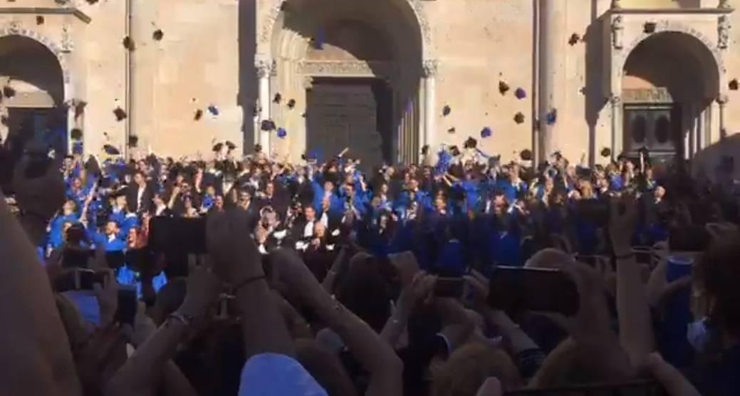 La cerimonia delle lauree della Cattolica in Duomo