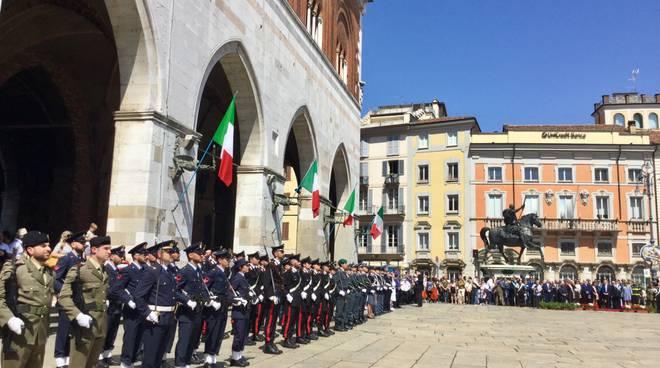 La festa del due giugno in piazza Cavalli
