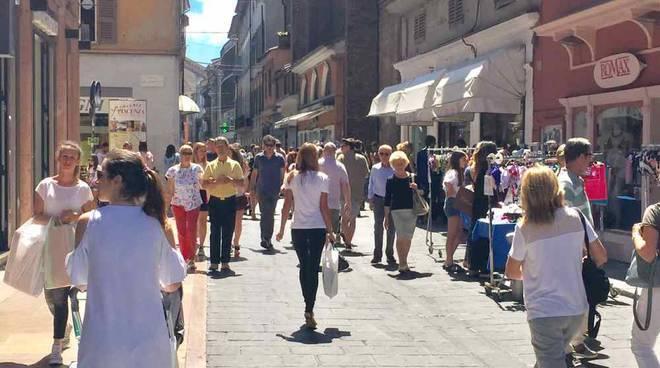 Negozi in via XX settembre a Piacenza