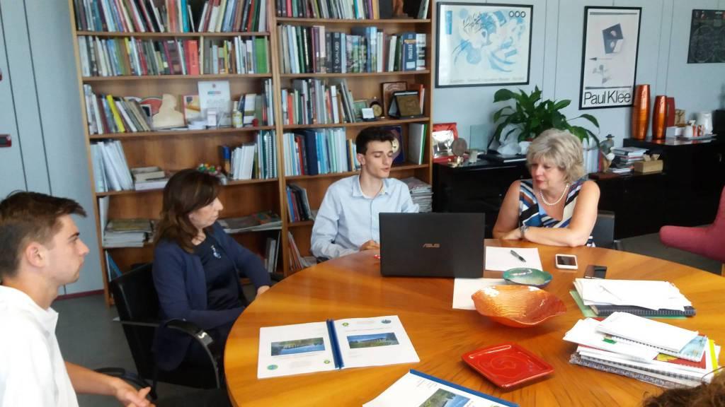 Studenti del Raineri incontrano l'assessore Caselli