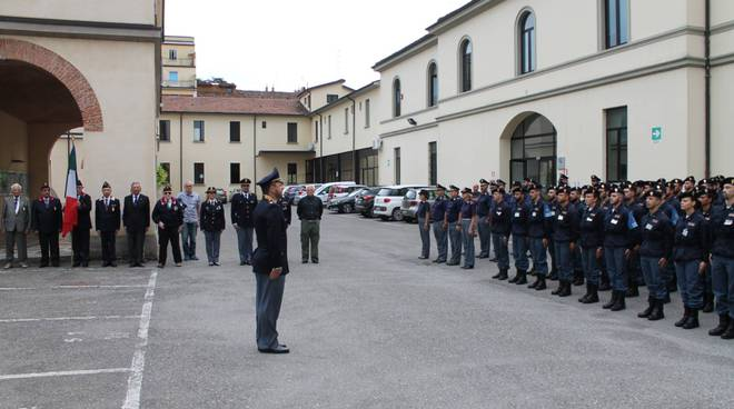 Cerimonia alla scuola allievi agenti