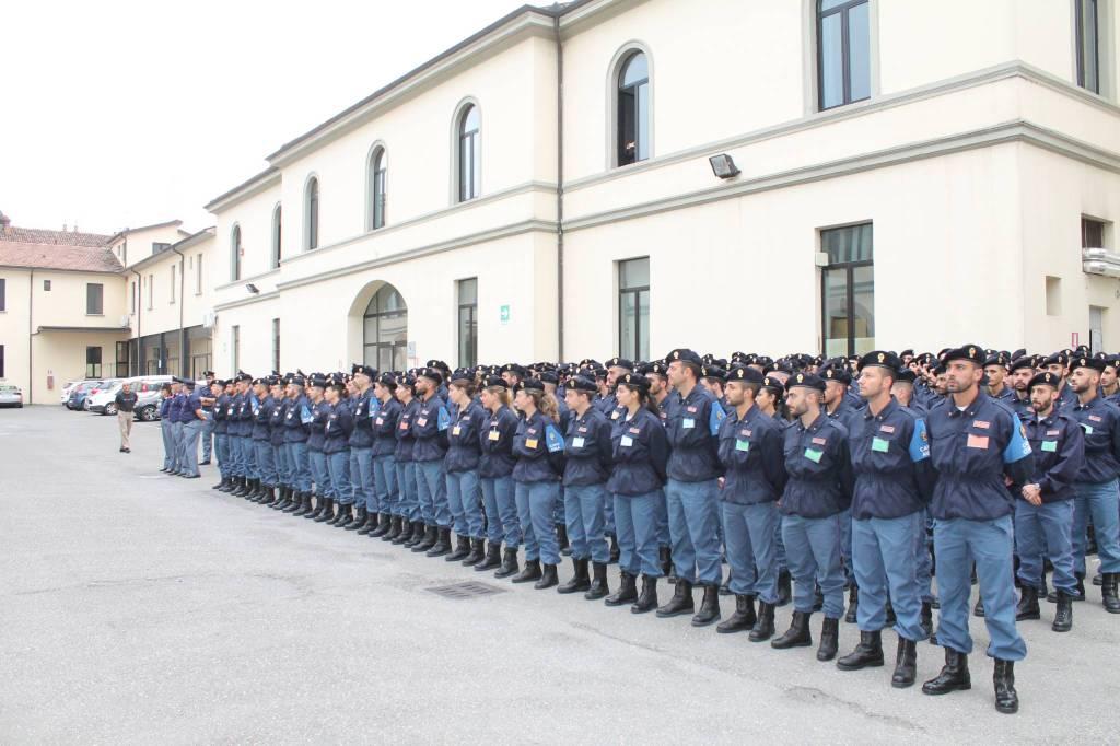 Alla Scuola di polizia la cerimonia per il 70esimo del Reparto ... 9b4984c0961