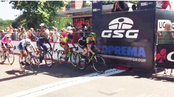 L'arrivo del Giro Rosa sul Pubblico Passeggio