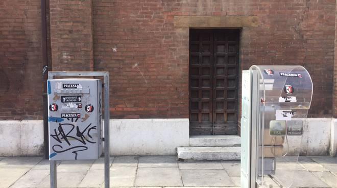 neofascisti in piazza Borgo