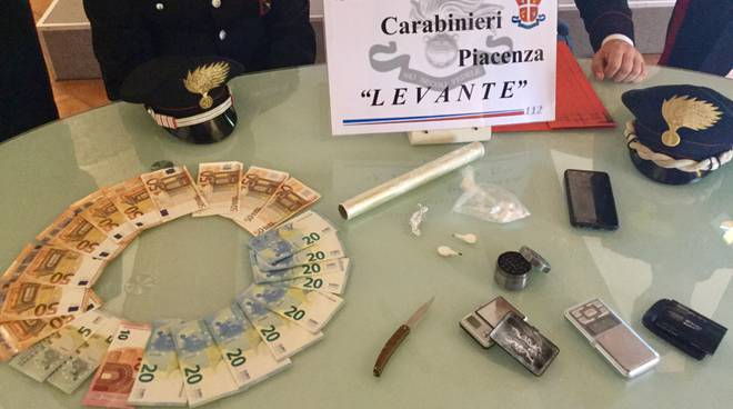 droga carabinieri stazione Levante
