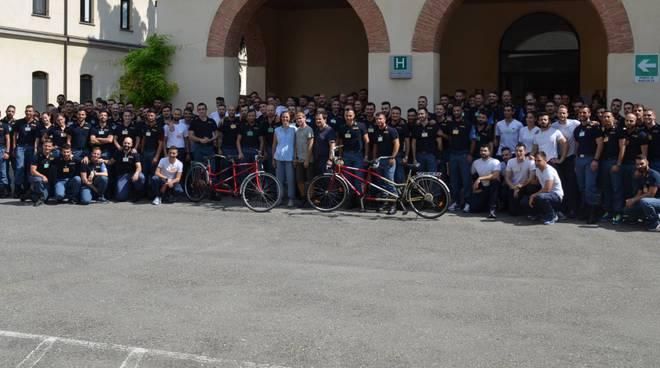 I due tandem donati dalla scuola di polizia di Piacenza