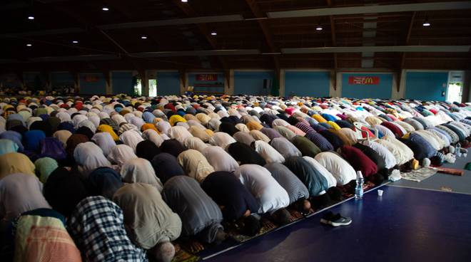 Islam, in 10mila al Parco Dora per la Festa del Sacrificio