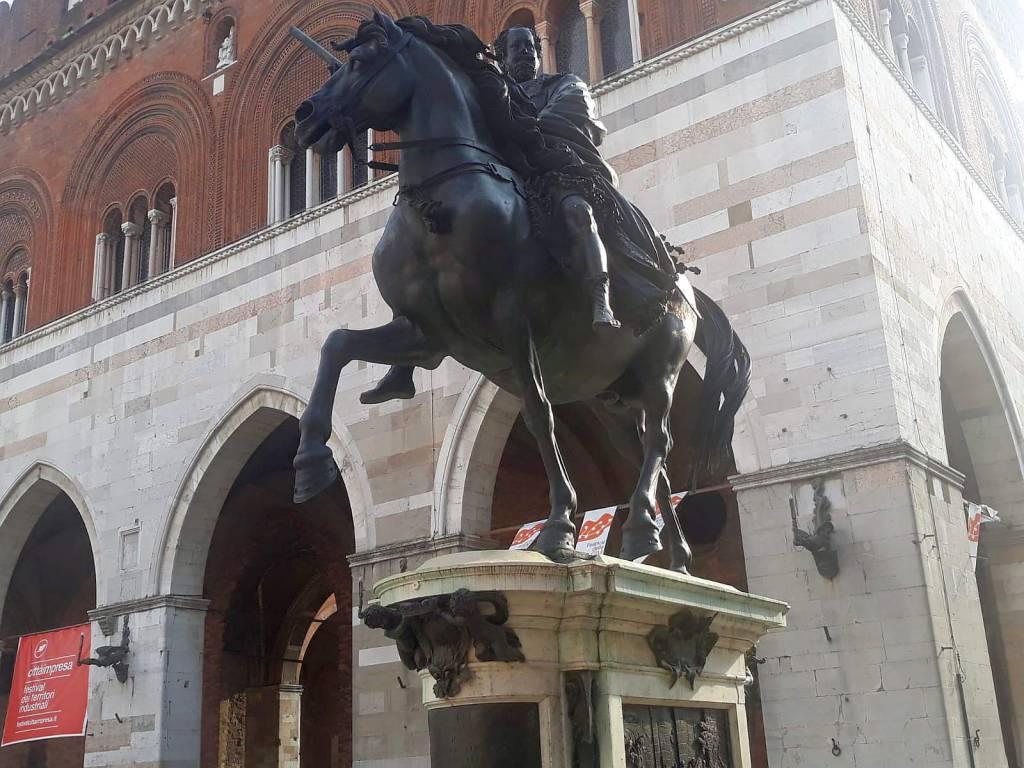 cavallo del Mochi in piazza