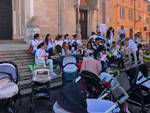 Flash mob allattamento al seno