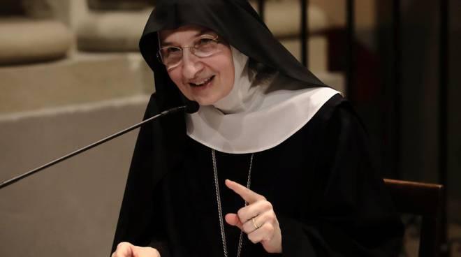 Madre Emmanuel