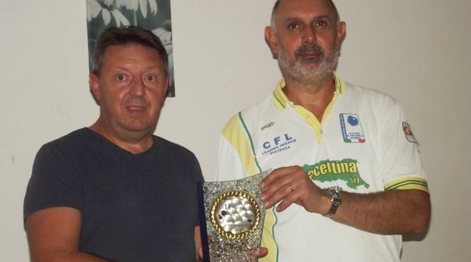 Roberto Manghi premiato a Fiorenzuola