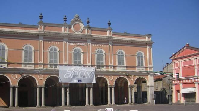 Castelsangiovanni piazza Matteotti