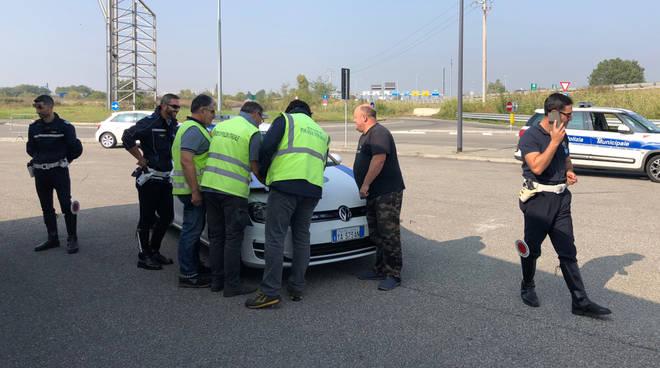 I controlli della polizia municipale ai mezzi pesanti