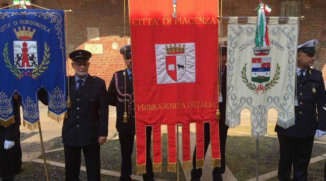 Il gonfalone di Piacenza alla commemorazione della tragedia di Linate