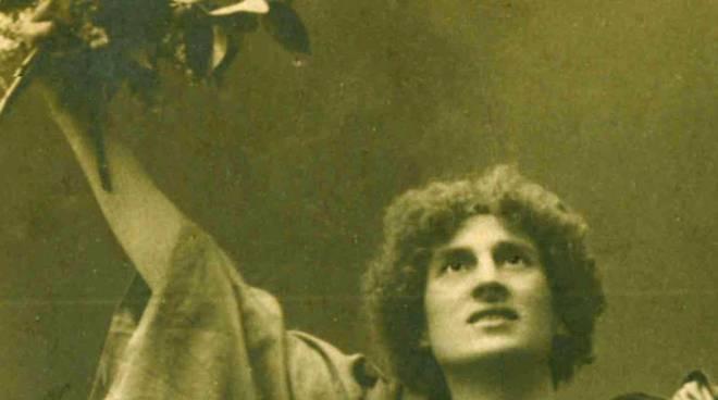 In-canti. Voci e immagini dall'archivio del maestro Corrado Pavesi Negri