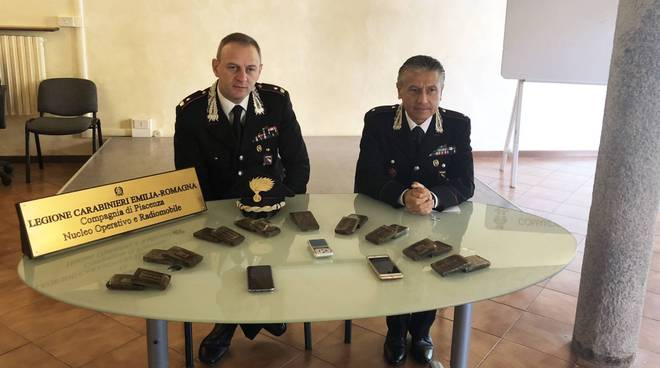 La droga recuperata dai carabinieri