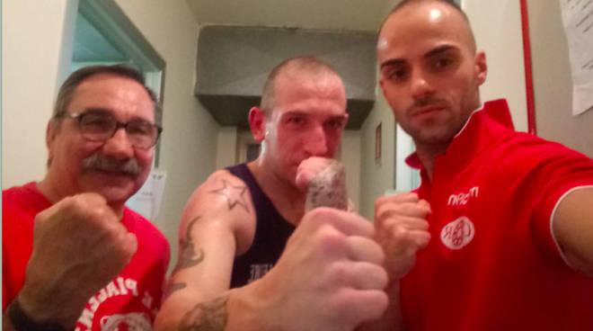 Nella foto Alex Pinna, al centro, con Pellini e Gerardo Minio