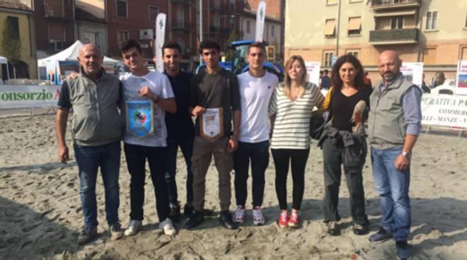 studentidell'Itas Raineri di Piacenza primi al concorso di Fidenza