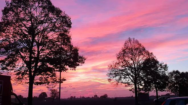Un tramonto rosa il 24 ottobre