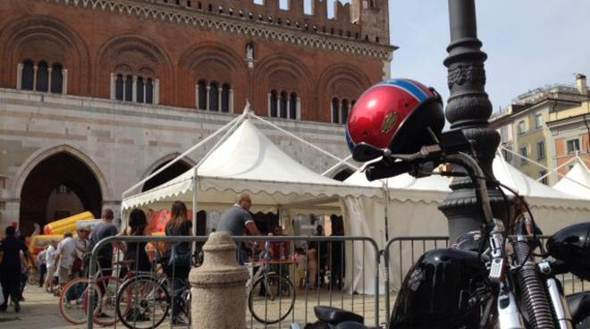 Una delle iniziative dei Baca a Piacenza