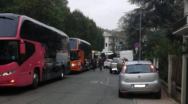 Via Don Minzoni traffico
